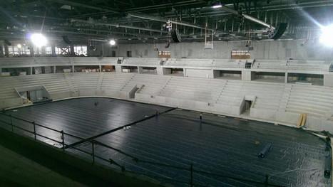 Image de l 39 int rieur de la nouvelle pati for Interieur u arena