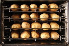 Le four a pommes de terre une activité rentable pour tous | Food & consumer goods | Scoop.it