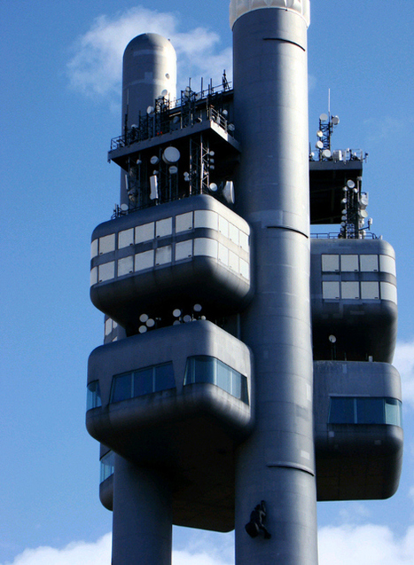 Zizkov | The controversial TV tower in Prague is also a Hotel | Trip and Travel Blog | Come To Prague | Scoop.it