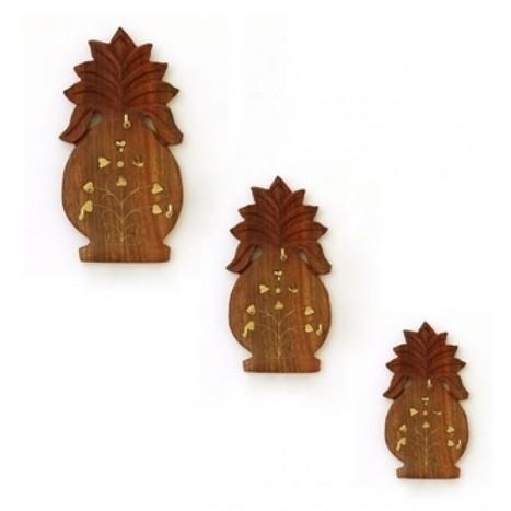 Wooden Pineapple Key Holder Set | Ca300 | Centenarian Art Crafts Buy Online Free Shipping Cod Onlineshoppee Buy Online Wooden Products | Onlineshoppee | Scoop.it