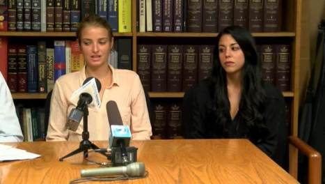 Lesbians Arrested After Holding Hands Agree to Settlement | LibertyE Global Renaissance | Scoop.it