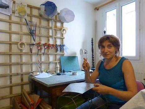 Artisanat à Cholet. Elle crée des lampes avec des plaques offset | Economie Responsable et Consommation Collaborative | Scoop.it