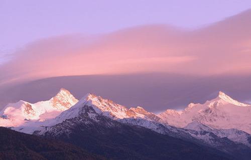 Stiltegebieden in de bergen: beperkingen voor desport
