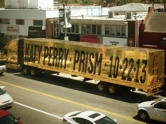 KATY PERRY'S GOLD 'PRISM' TRUCK | MUSIC WORLD eDIGEST | Scoop.it