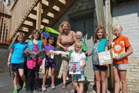 Whitewater Girl Scouts build Little Free Library - Daily Union | Girl Scouts of America | Scoop.it