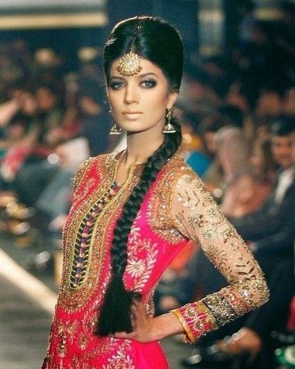 Indian Saree Designs: Top 12 Hairstyles to Complement Your Look in a Saree | zarilane | Scoop.it