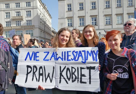 """[PHOTOS] """"Keep your rosaries off my ovaries"""": Abortion ban bill draws protests 