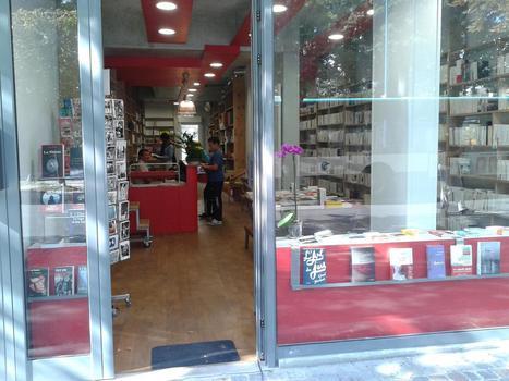 """""""A la librairie"""", un indépendant ouvre ses portes à Bobigny   Librairie 2.0   Scoop.it"""