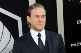 Pacific Rim's Charlie Hunnam wanted to punch Idris Elba - Movie Balla | News Daily About Movie Balla | Scoop.it