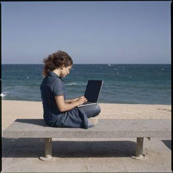 Cibernàrium: EstiuTIC: aquest juliol vine a formar-te als cursos d'estiu de Cibernàrium | Idees i recursos TIC per a l'emprenedoria | Scoop.it