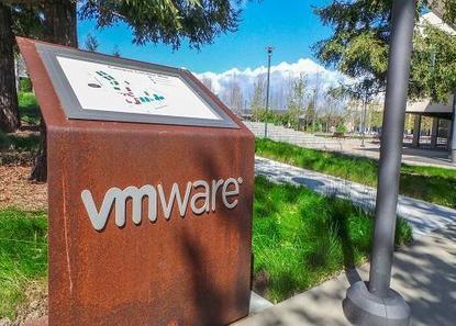 AWS, VMware Pact Eases Hybrid Cloud Adoption  - InformationWeek   L'Univers du Cloud Computing dans le Monde et Ailleurs   Scoop.it