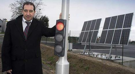 Vidéo. Un feu solaire fixe et intelligent près de Saint-Malo | Signalisation dynamique & trafic interurbain | Scoop.it