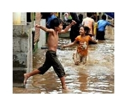 30,000 displaced by deadly floods in Indonesian capital | Sustain Our Earth | Scoop.it