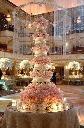 Pink Round Multi shape   CLASSIC MULTISHAPE WEDDING CAKES   Scoop.it
