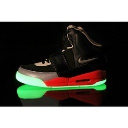 Glow In The Dark Air Yeezy For Sale | Glow In The Dark Shoes | Scoop.it