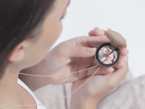 A Smart Necklace That's Like a Locket for the 21st Century | WIRED | NFC News and Trends | Scoop.it
