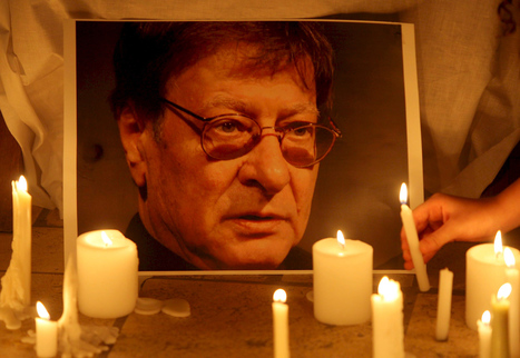 The poetry of absence: remembering Mahmoud Darwish five years on - The Electronic Intifada | Human Writes | Scoop.it