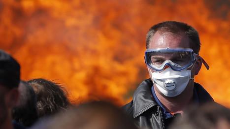 Schwere Zusammenstöße bei Protesten in Frankreich | www.prwirex.com | Scoop.it