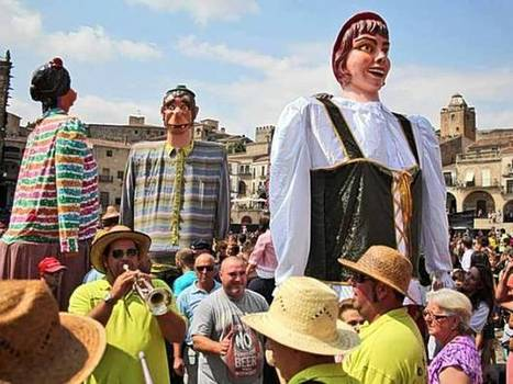 10 best Spanish festivals: Candlelit processions, religious bar crawls, and sheep impersonation   Spanish Ham   Scoop.it