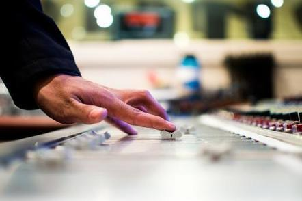 Radio : l'auditeur, roi de la programmation musicale | A Kind Of Music Story | Scoop.it
