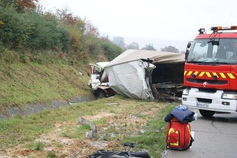 RN 13 : grave accident entre un poids-lourd et 3 voitures   La Manche Libre cherbourg   Les news en normandie avec Cotentin-webradio   Scoop.it