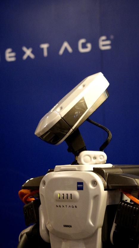 Nextage, le robot de Kawada sert des cafés à Innorobo | Une nouvelle civilisation de Robots | Scoop.it