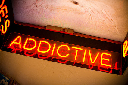 How to Curate Addictive Content & Build a Loyal Following | HigherEd Technology 2013 | Scoop.it
