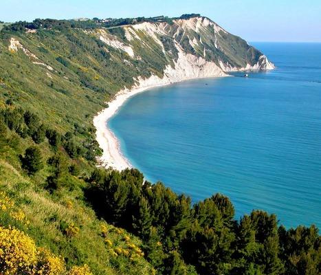 Best Beaches in Italy: Mezzavalle Beach, Riviera del Conero   Le Marche another Italy   Scoop.it