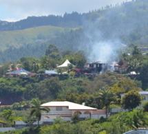 Vetea : la maison de Gaston Flosse en feu - Tahiti Infos | Fangataufa.Moruroa | Scoop.it