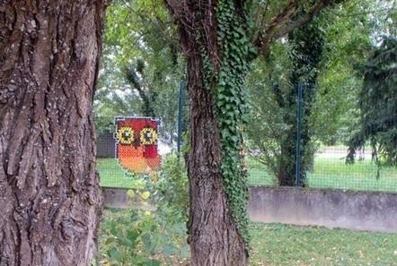 L'art descend dans la rue... En mode point de croix et famille de canards... - Elaee | Communication | Scoop.it