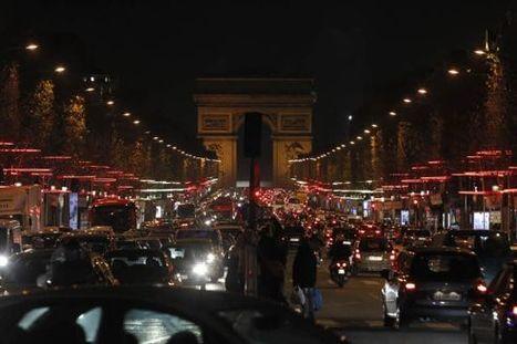 Que reste-t-il des Champs-Élysées ? - Le Figaro | Food sucré, salé | Scoop.it