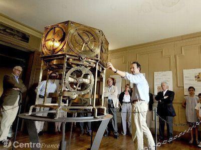 Le château de Polminhac accueille une réplique de l'horloge ... - La Montagne | Généalogie et histoire, Picardie, Nord-Pas de Calais, Cantal | Scoop.it