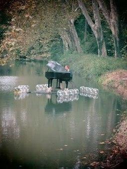 le PianO - la Volière   DESARTSONNANTS - CRÉATION SONORE ET ENVIRONNEMENT - ENVIRONMENTAL SOUND ART - PAYSAGES ET ECOLOGIE SONORE   Scoop.it