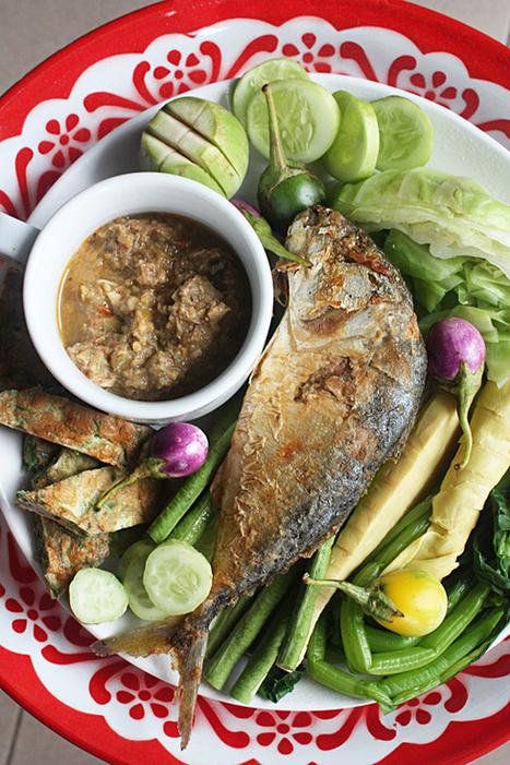 How to Eat Thai Chili Relishes กินข้าวกับน้ำพริก(สิจ๊ะถึงได้สะได้สวย) | FOOD BLOG | Scoop.it