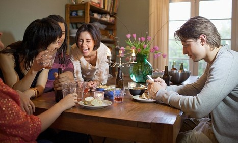 Texting at mealtimes is America's number one etiquette faux pas | Kickin' Kickers | Scoop.it