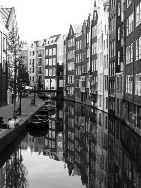 25 Breathtaking Black and White Street Photos | where fashion met art | Scoop.it