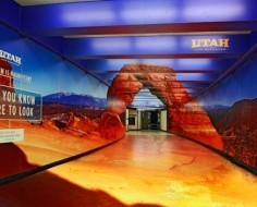 [VIDEO] Utah Office of Tourism Transforms SF Subway Station Into Faux National Monument | Street & Guerrilla Marketing | Scoop.it