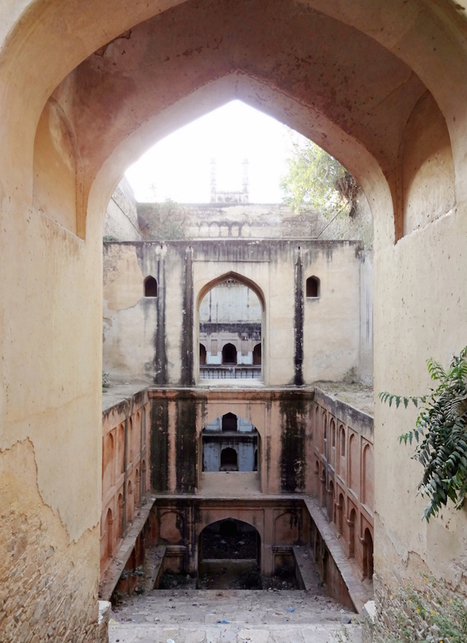 Journalist Spends Four Years Documenting India's Crumbling Subterranean Stepwells Before They Disappear   Le It e Amo ✪   Scoop.it