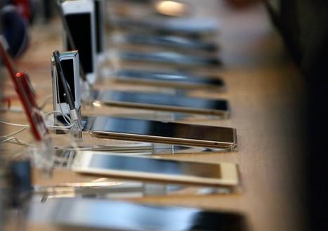 Apple opens applications for $100 million program to improve tech in schools | iPad & Literacy | Scoop.it