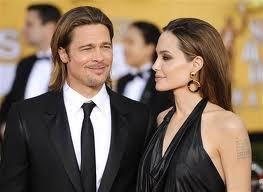 Peter Dinklage dissed Angelina Jolie and Brad Pitt - Sexy Balla   Daily News About Sexy Balla   Scoop.it