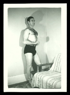 Vintage BEEFCAKE Photograph 1940s GAY INTEREST | Sex History | Scoop.it