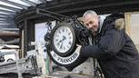 L'horloge centenaire de St-François retrouve son kiosque - 24heures.ch   Lausanne   Scoop.it