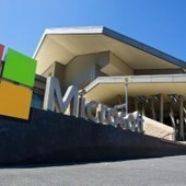 Microsoft plans 'comprehensibly' compatible Windows 10 for Linux tools   Microsoft: News,Books,Tips,Downloads   Scoop.it
