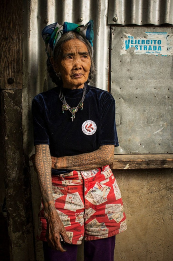 Fang (Whang)-Od, 94 Year Old Tattoo Artist | Herstory | Scoop.it