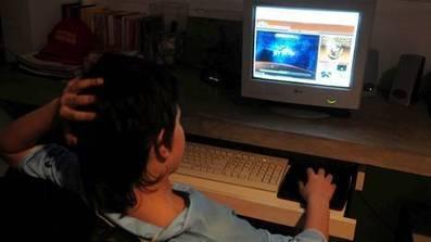 Adolescentes: más de la mitad navega en soledad - Clarín - Clarín.com | Jóvenes XXI | Scoop.it