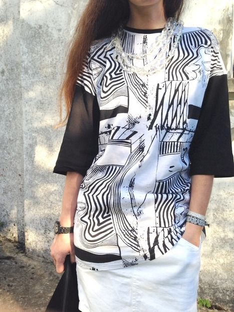 THE FASHIONAMY by Amanda Fashion blogger outfit, made in italy street wear : Abnormal, black and white graphic tee - outfit in bianco e nero | FASHIONAMY | Scoop.it