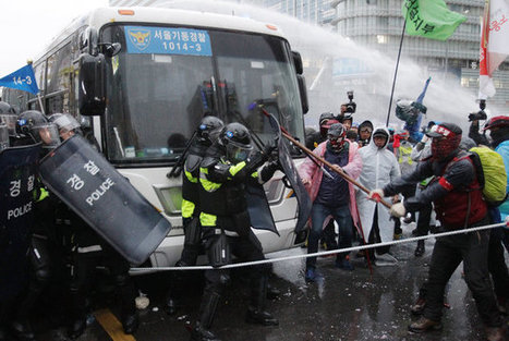 Clashes Erupt At Massive Anti-Government Protest In South Korea | The Jett Journal | Scoop.it