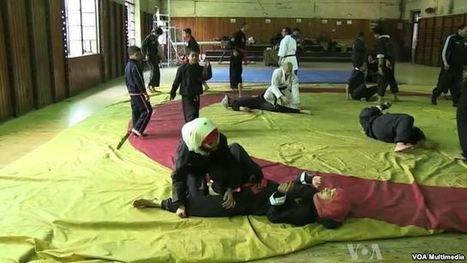 Les femmes apprennent les arts martiaux pour se défendre contre le harcèlement sexuel | Égypt-actus | Scoop.it