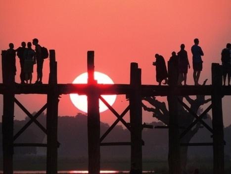 Le coucher de soleil au pont d'U Bein | Voyager En Birmanie | Voyage en Birmanie | Scoop.it
