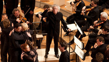 St Matthew Passion with Simon Rattle and Peter Sellars - The Berliner Philharmoniker's Digital Concert Hall | Guitar Music | Scoop.it